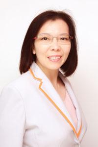 Ms Carol Lo 盧玉儀女士